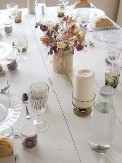 location de tables blanches pour mariage en bourgogne par la vaisselle d'Augustine