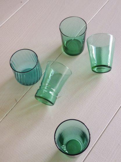 location verres de couleurs vintage